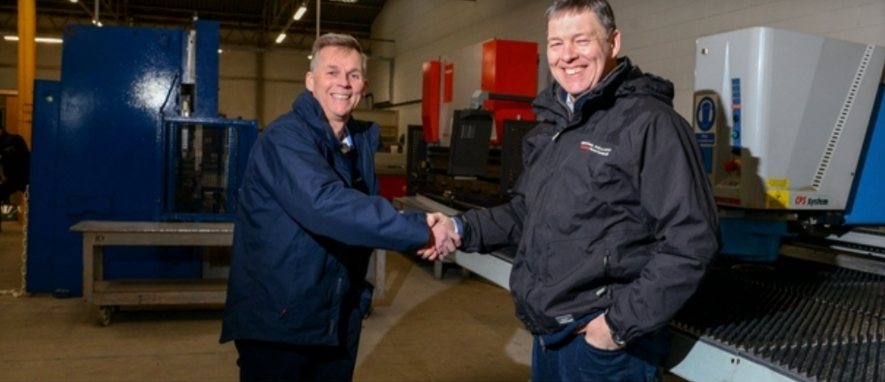 Central Handed the Keys to Lincs Doors